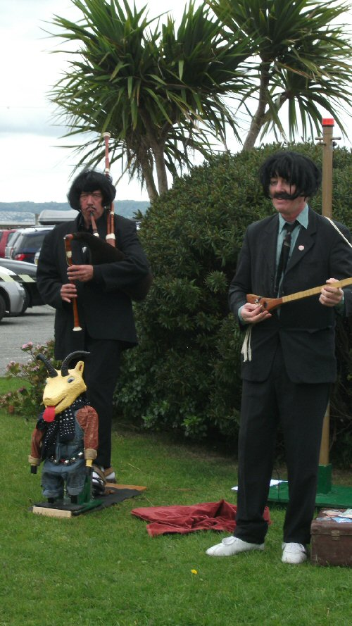 The World Famous Czeztikov Brothers at Llanfairfestival - 29 August 2011
